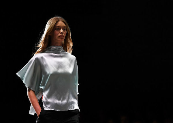 A model wears a creation by Pereira Fitzgerald during the Mercedes-Benz Fashion Week Australia in Sydney, Tuesday, May 15, 2018. (AAP Image/David Moir), EDITORIAL USE ONLY