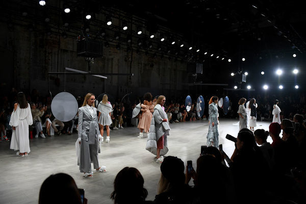 Models present creations by Acler during Mercedes-Benz Fashion Week Australia in Sydney, Wednesday, May 16, 2018. (AAP Image/Dan Himbrechts), EDITORIAL USE ONLY