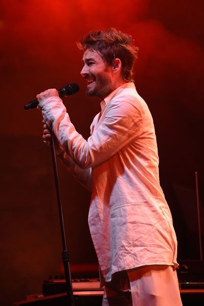 Daniel Johns performs during the David Jones Spring Summer 2015 fashion launch in Sydney