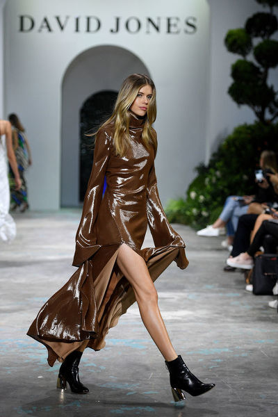Australian model Victoria Lee walks the runway during the David Jones Spring Summer 2018 Collections Launch rehearsal, in Sydney, Wednesday, August 8, 2018. (AAP Image/Dan Himbrechts)