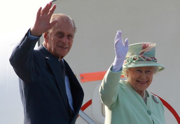 Queen Elizabeth II and Duke of Edinburgh depart Brisbane Airport