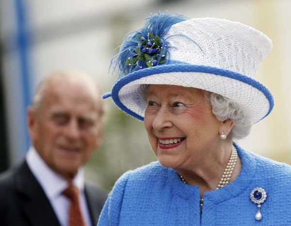 Queen Elizabeth II and the Duke of Edinburgh during a visit to the Royal Hospital for Sick Children and the Cardiac Rehabilitation Unit Gymnasium before unveiling three plaques to open the Queen Elizabeth University Hospital, the Royal Hospital for Children