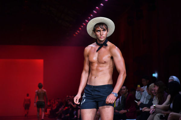 A model walks the runway wearing creations by Azzo during Mercedes-Benz Fashion Week Australia in Sydney, Wednesday, May 15, 2019. (AAP Image/Joel Carrett), EDITORIAL USE ONLY