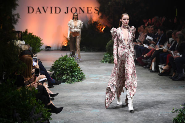 A model walks the runway during the David Jones Spring Summer 2018 Collections Launch, in Sydney, Wednesday, August 8, 2018. (AAP Image/Joel Carrett)
