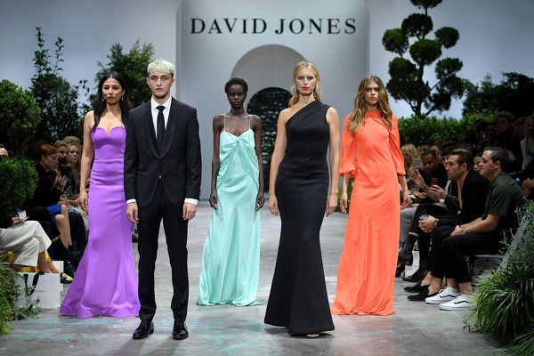 (L-R) Australian model Jessica Gomes, American model Anwar Hadid, Australian model Adut Akech, Czech model Karolina Kurkova and Australian model Victoria Lee walk the runway during the David Jones Spring Summer 2018 Collections Launch, in Sydney