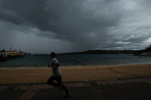 weather/wet weather sydney